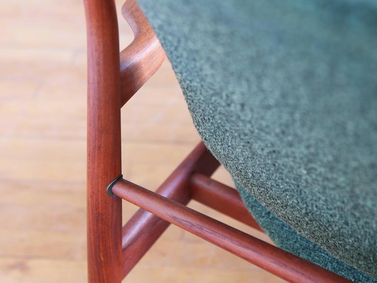 Mid-20th Century Finn Juhl Model FD 136 Teak Lounge Chair For Sale