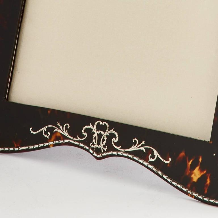English Beautiful Tortoiseshell and Silver Picture Frame by Vickery, London, circa 1910 For Sale