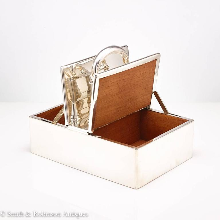 Great Automated English Silver Cigar Box Dated, London, 1913 In Good Condition For Sale In London, GB