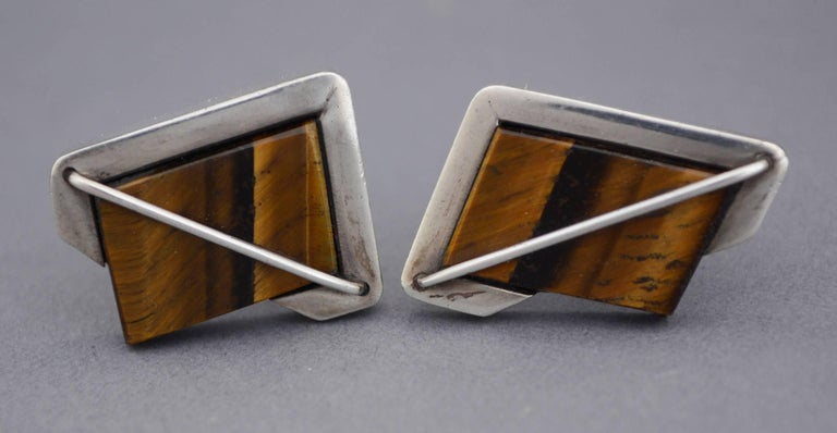 Mexican Rancho Alegre Modernist Sterling and Tiger Eye Cuff Links  For Sale