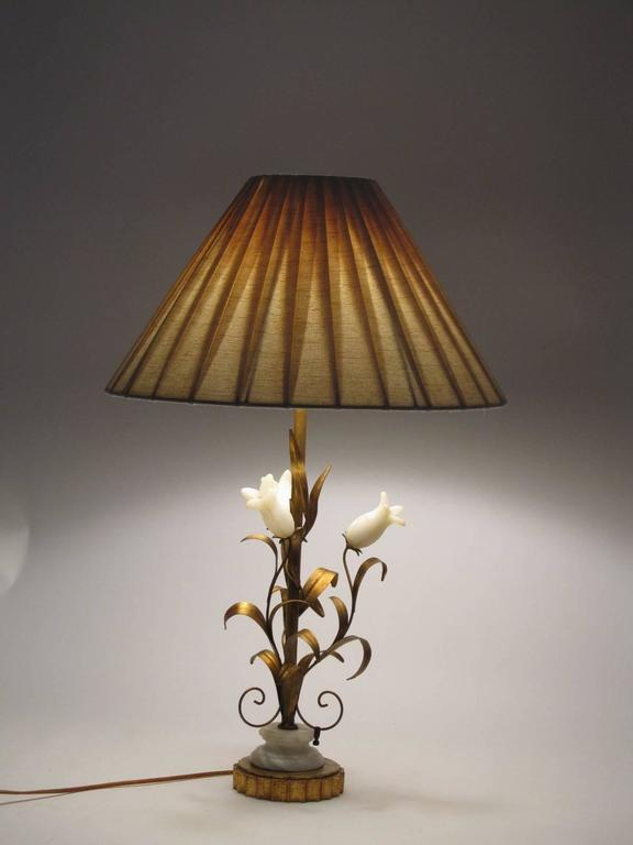 Lovely Italian 1950s Alabaster and Gilt Metal Botanical Style Lamp 3