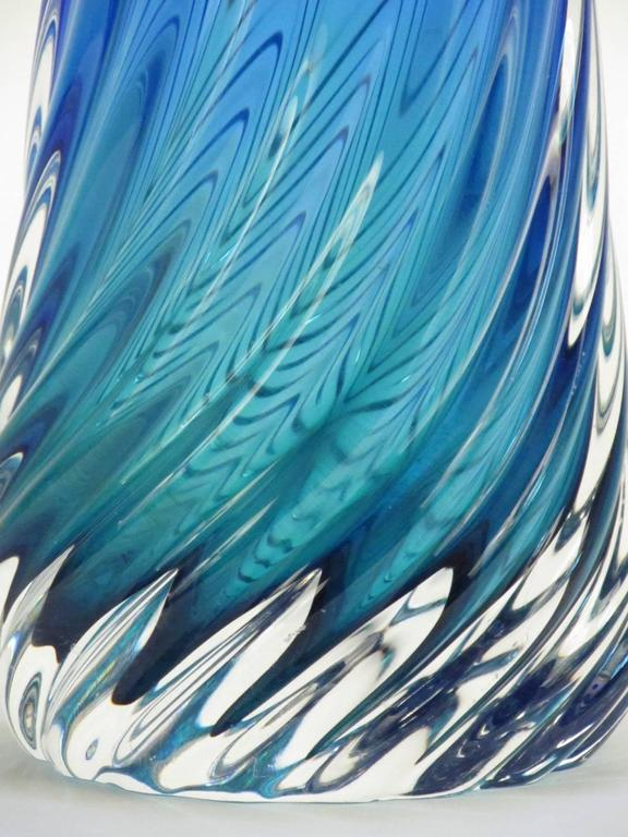 Murano Glass Twisted Sommerso Vase 2
