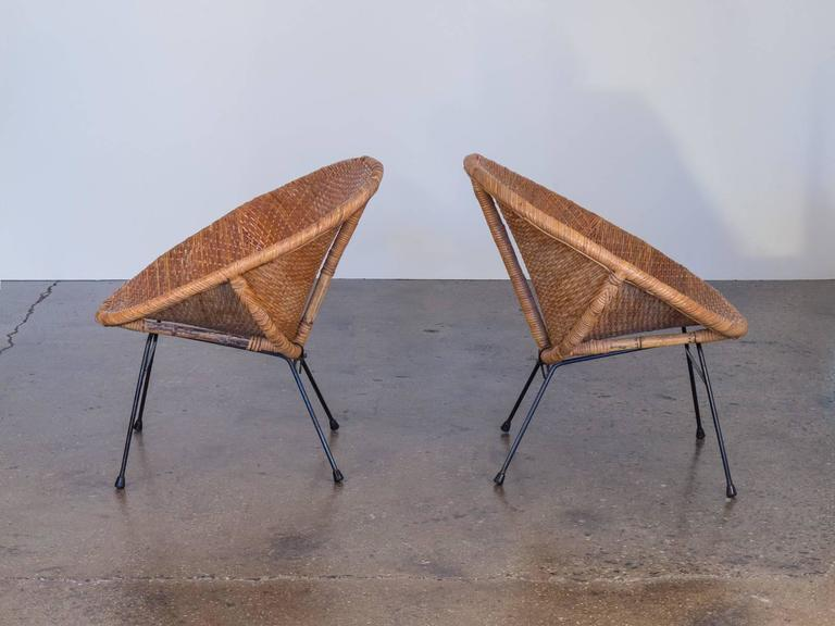 Pair Of Mid Century Rattan Scoop Chairs At 1stdibs