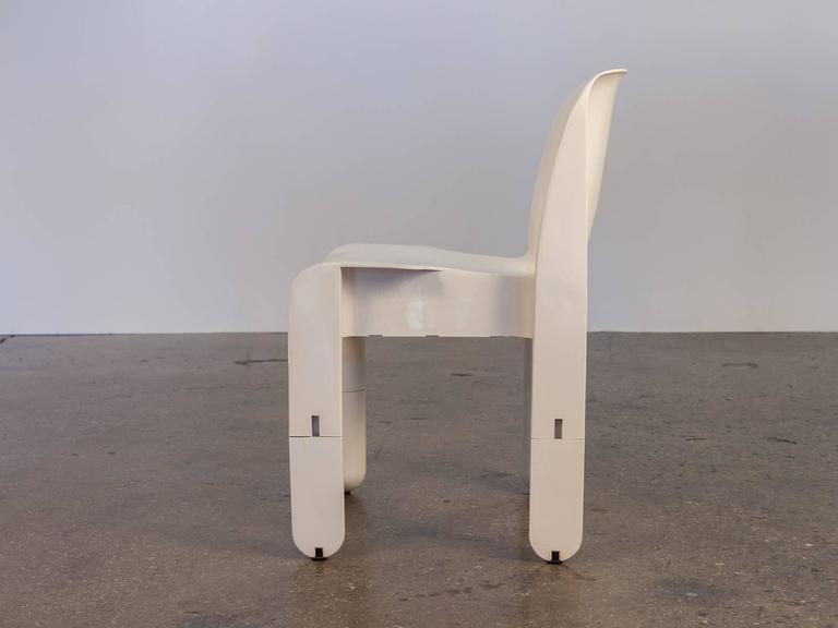 Mid-Century Modern Joe Colombo Pre-Production Universale Chair For Sale