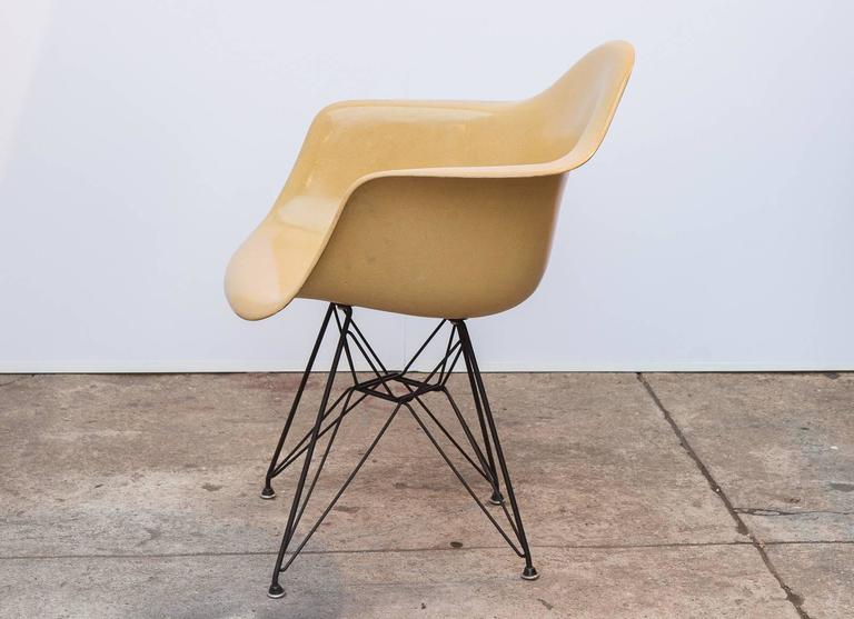 Mid Century Modern Eames Molded Fiberglass Armchair In Butterscotch For Sale