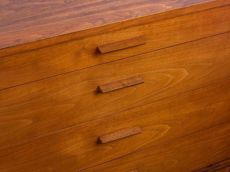 Pair of Mid-Century Modern Walnut Dressers For Sale 3