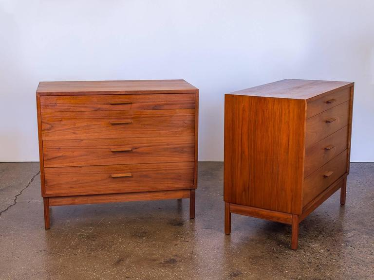 Pair of Mid-Century Modern Walnut Dressers In Excellent Condition For Sale In Brooklyn, NY