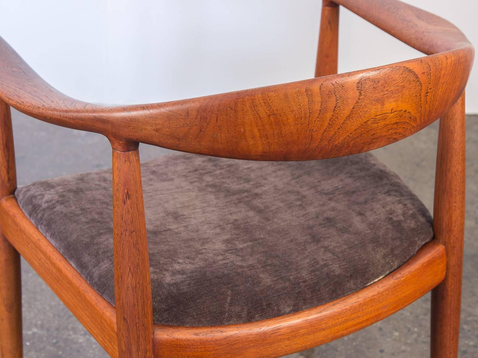 chair round products comingsoonnewyork