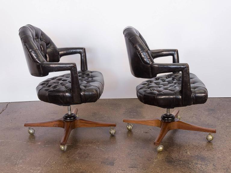Mid-Century Modern Pair of Edward Wormley Dunbar Tufted Swivel Chairs For Sale