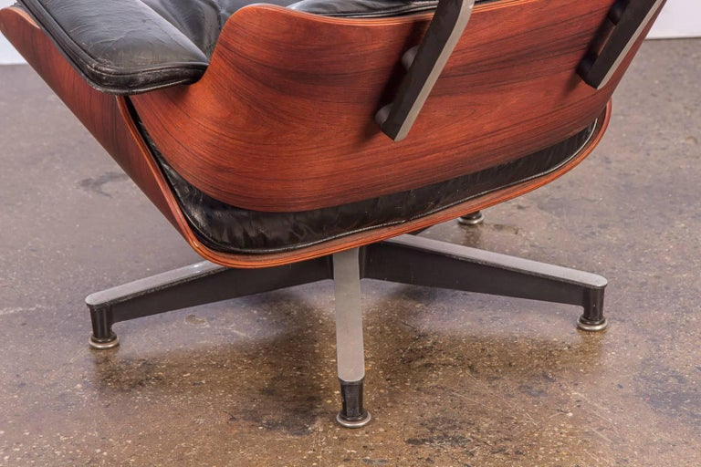 Charles and Ray Eames 670 Lounge Chair for Herman Miller In Good Condition For Sale In Brooklyn, NY