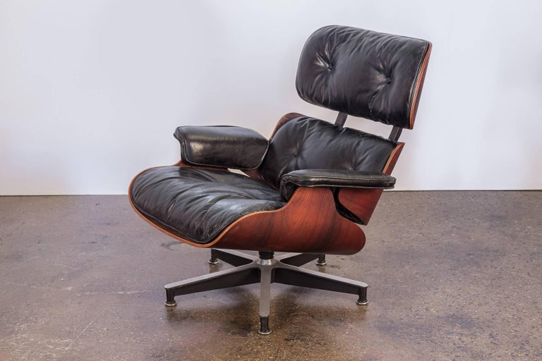Mid-20th Century Charles and Ray Eames 670 Lounge Chair for Herman Miller For Sale
