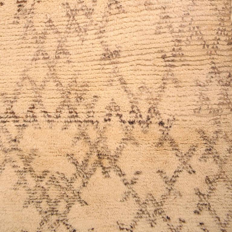 vintage small beni ouarain berber carpet at 1stdibs. Black Bedroom Furniture Sets. Home Design Ideas
