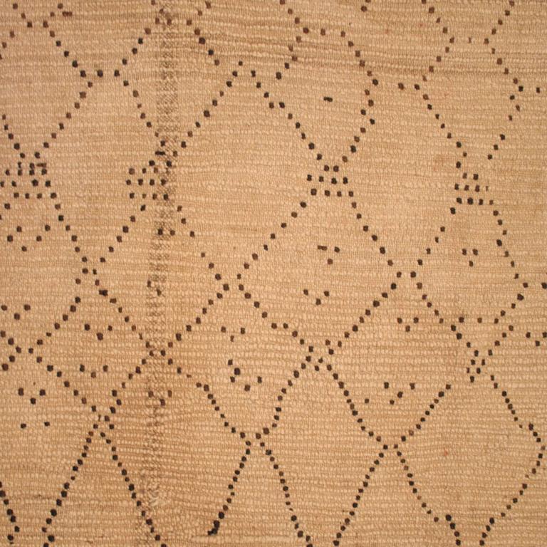 Tribal Small Beni Ouarain Berber Carpet