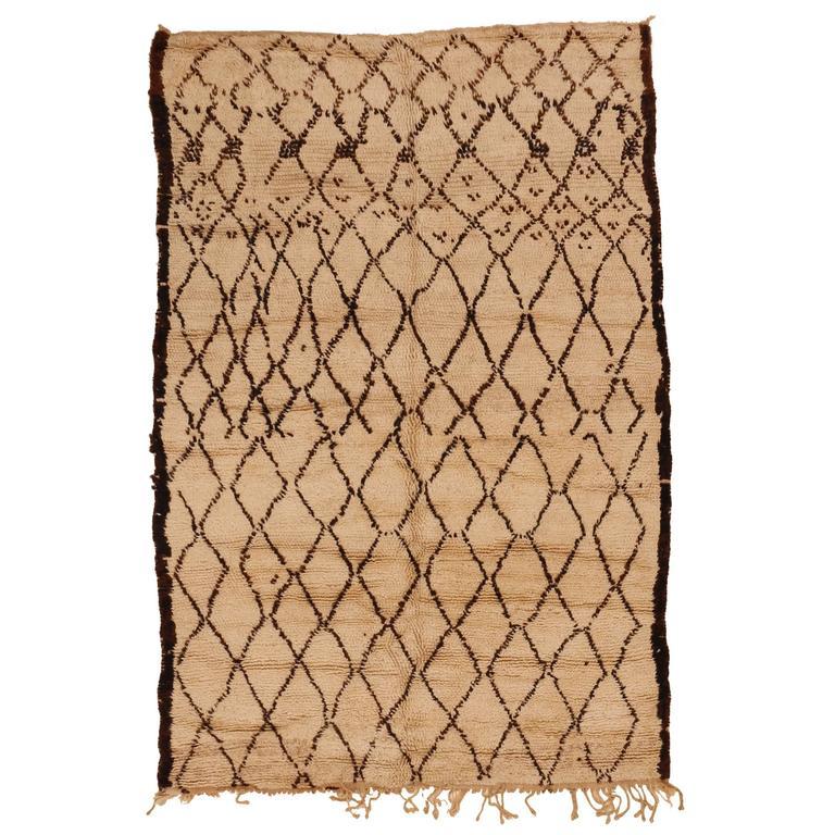 Small Beni Ouarain Berber Carpet