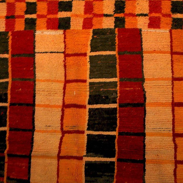 Vintage Middle Atlas Boujad Berber Rug For Sale At 1stdibs