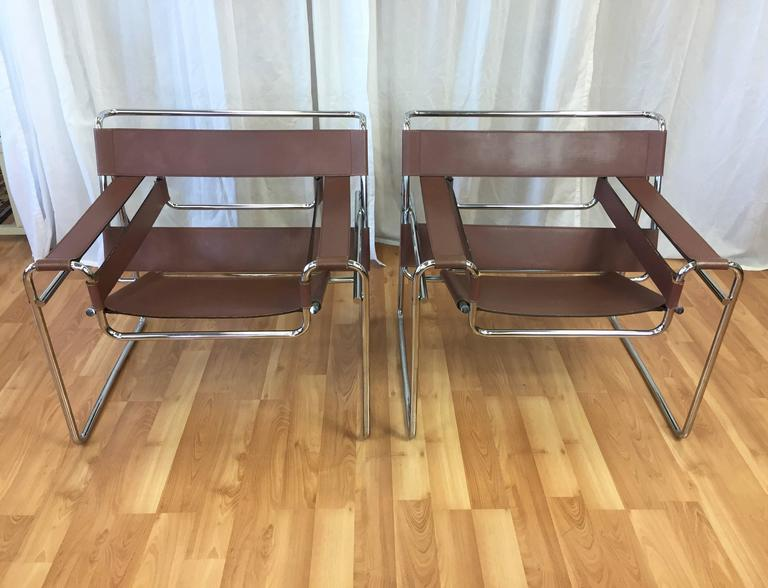 pair of marcel breuer wassily chairs by gavina for knoll at 1stdibs. Black Bedroom Furniture Sets. Home Design Ideas