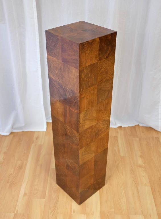 Late 20th Century Vintage Milo Baughman-Style Architectural Walnut Pedestal For Sale