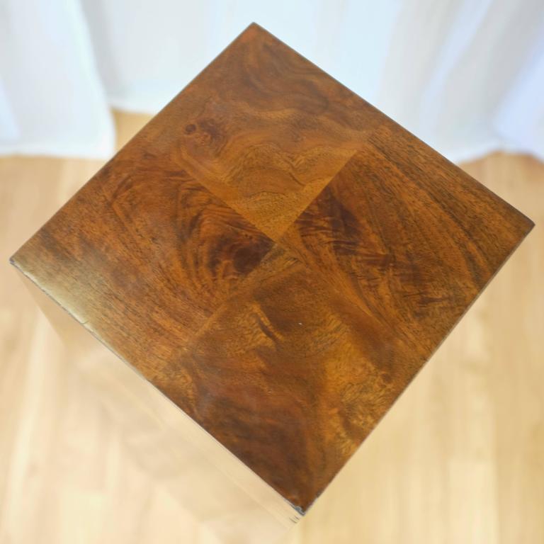 Vintage Milo Baughman-Style Architectural Walnut Pedestal For Sale 1