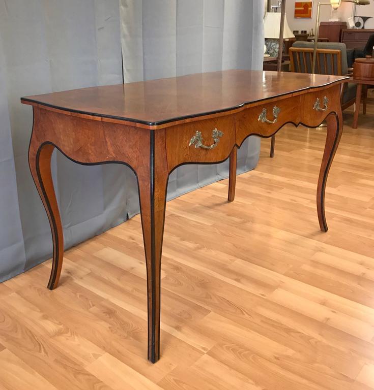 20th century italian louis xv style burl wood bureau plat. Black Bedroom Furniture Sets. Home Design Ideas