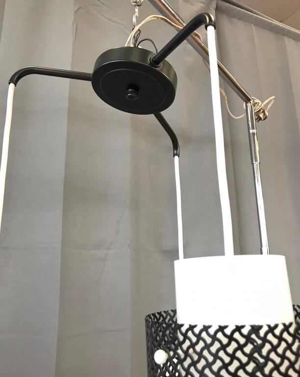 Mid-Century Modern Triple Pendant Ceiling Light Fixture For Sale 4