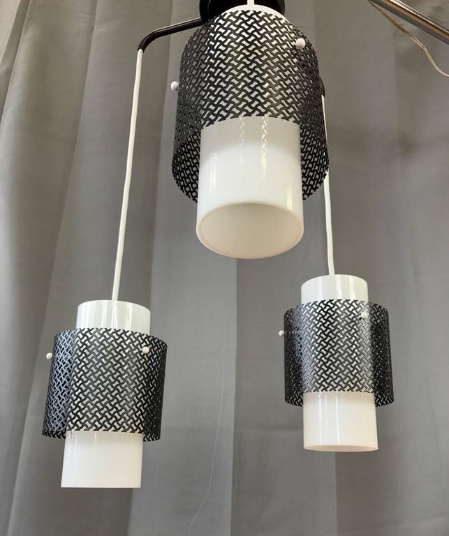 Mid-Century Modern Triple Pendant Ceiling Light Fixture For Sale 1