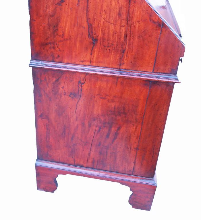 Early 18th Century Solid Walnut English Bureau Bookcase For Sale 1