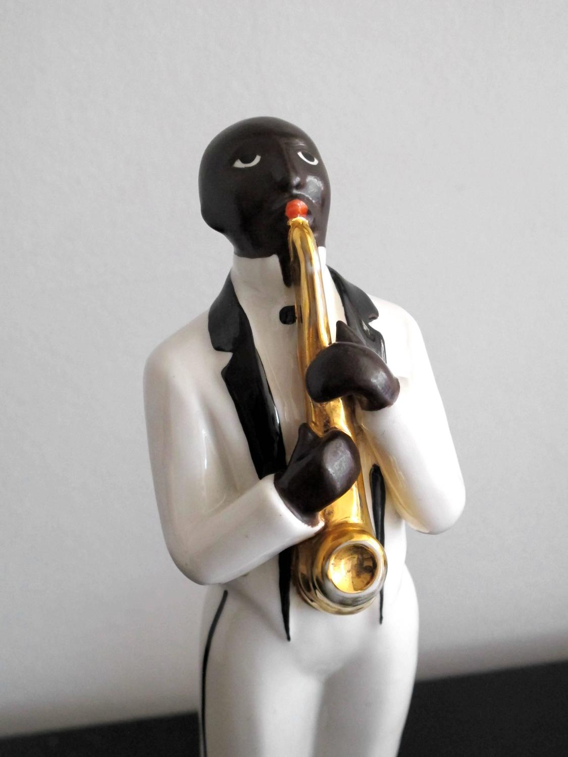 robj art deco jazz band in porcelain for sale at 1stdibs. Black Bedroom Furniture Sets. Home Design Ideas