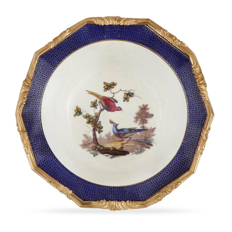 French Pair of Ormolu-Mounted Sèvres Porcelain Jardinieres For Sale