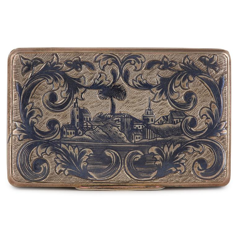 Antique Russian Silver Niello Snuff Box with Rectangular Hinged Lid In Good Condition For Sale In London, GB