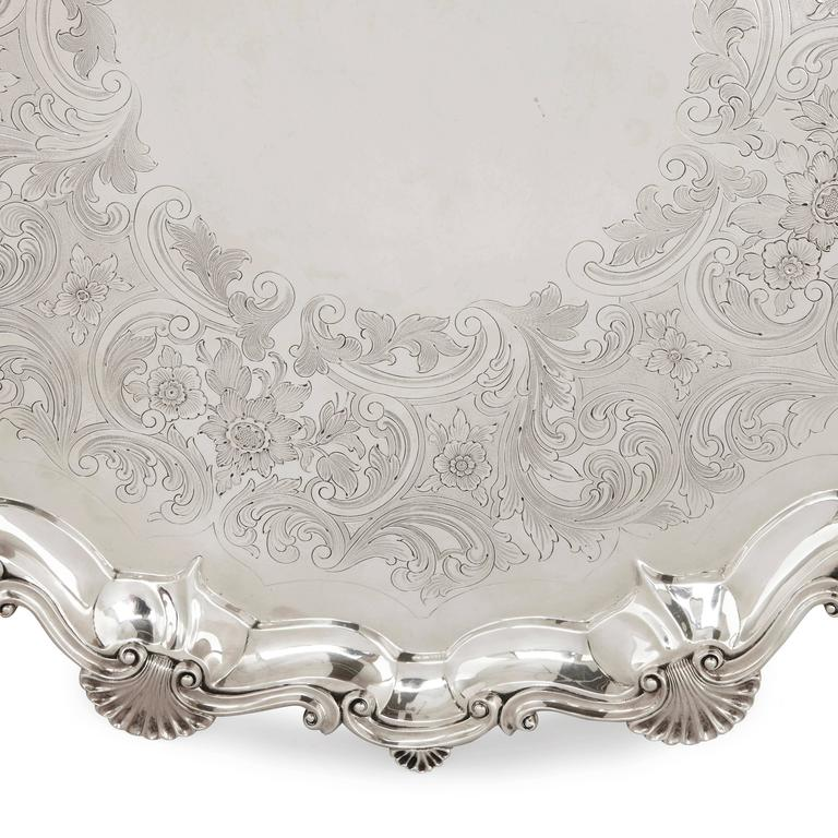 Large Antique English Silver Salver by Dobson & Sons In Good Condition For Sale In London, GB