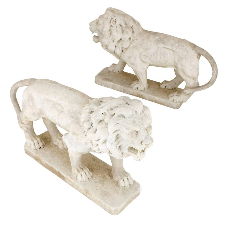 Antique Pair of Italian Marble Lion Sculptures in the Neoclassical Style