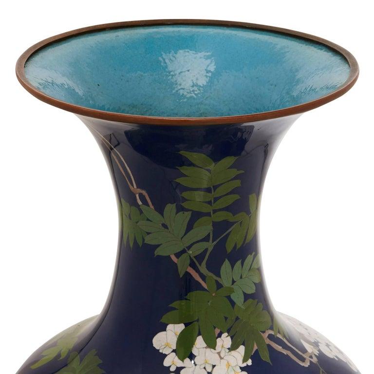 Pair of Antique Cloisonne Enamel Japanese Meiji Period Vases For Sale 3