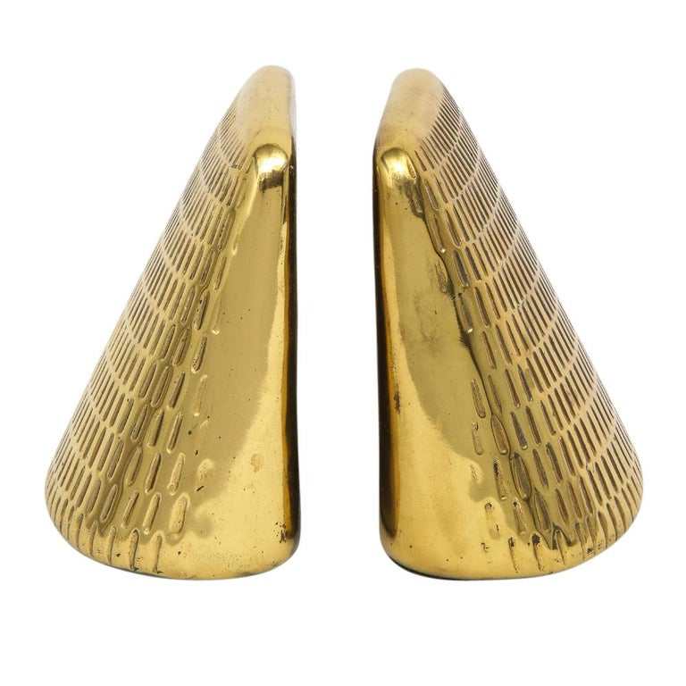 Ben Seibel Brass Bookends Jenfred, Ware Impressed Wedge USA, 1950s