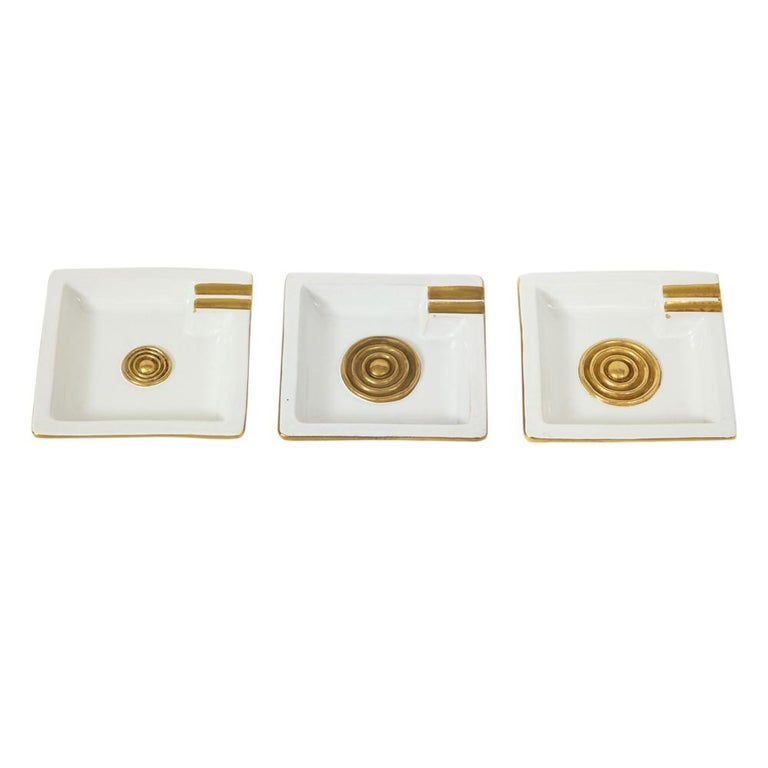 Mid-Century Modern Zaccagnini Ceramic Ashtrays Gold White Signed, Italy, 1950s For Sale