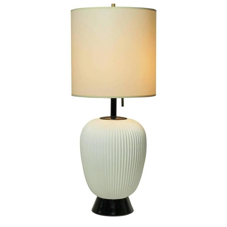Gerald Thurston Table Lamp For Lightolier In White Porcelain, USA, 1950s  For Sale