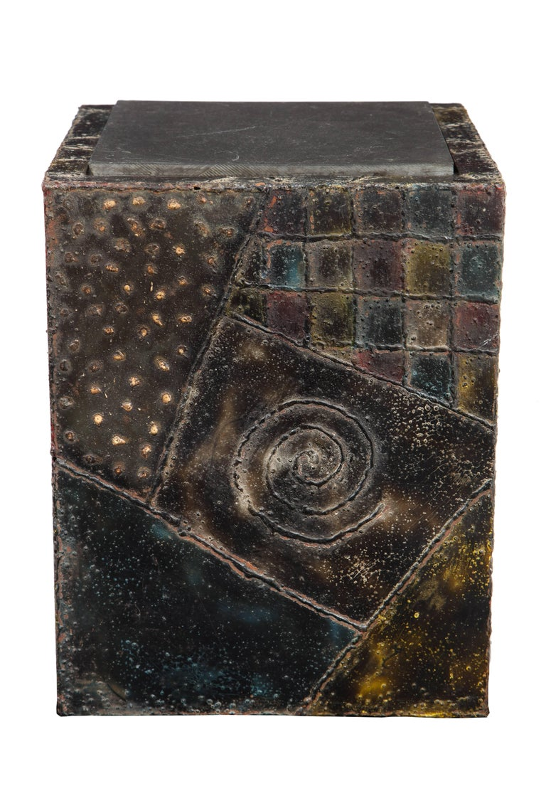 Paul Evans side table sculpted metal cube slate steel bronze signed, USA, 1960s. In perfectly aged original condition. Retains original slate top. The blue, yellow and red paint have aged in such a way as to give the appearance of sapphire