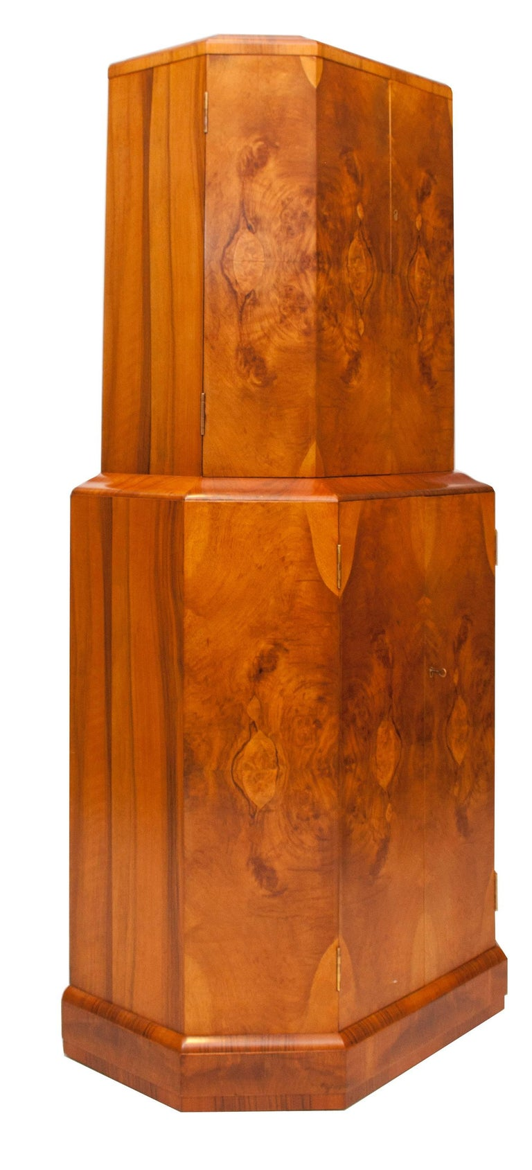 Art Deco Cocktail Cabinet Beautiful Walnut For Sale 4