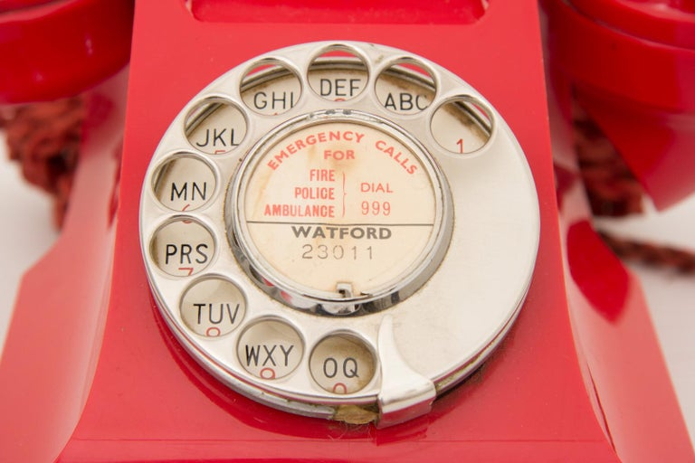 Art Deco Red Bakelite Telephone For Sale 2