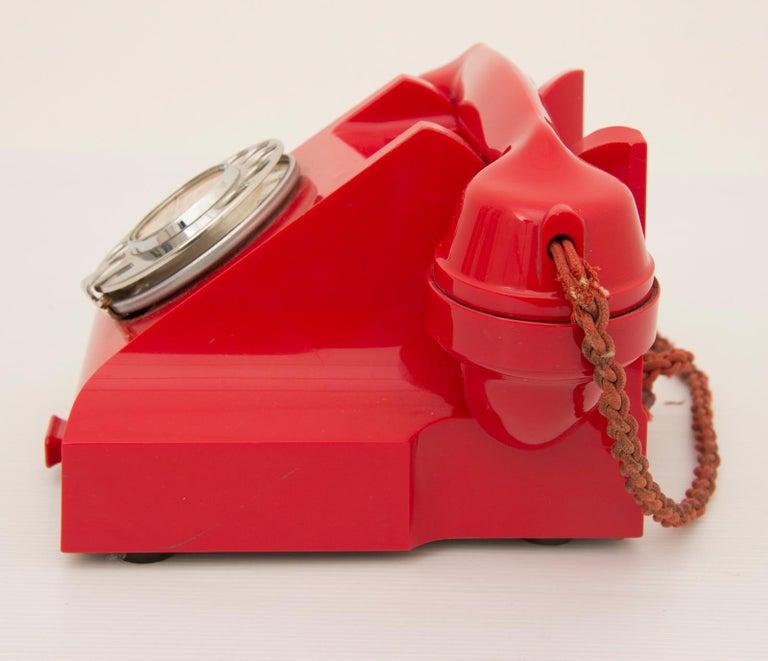 Art Deco Red Bakelite Telephone For Sale 3