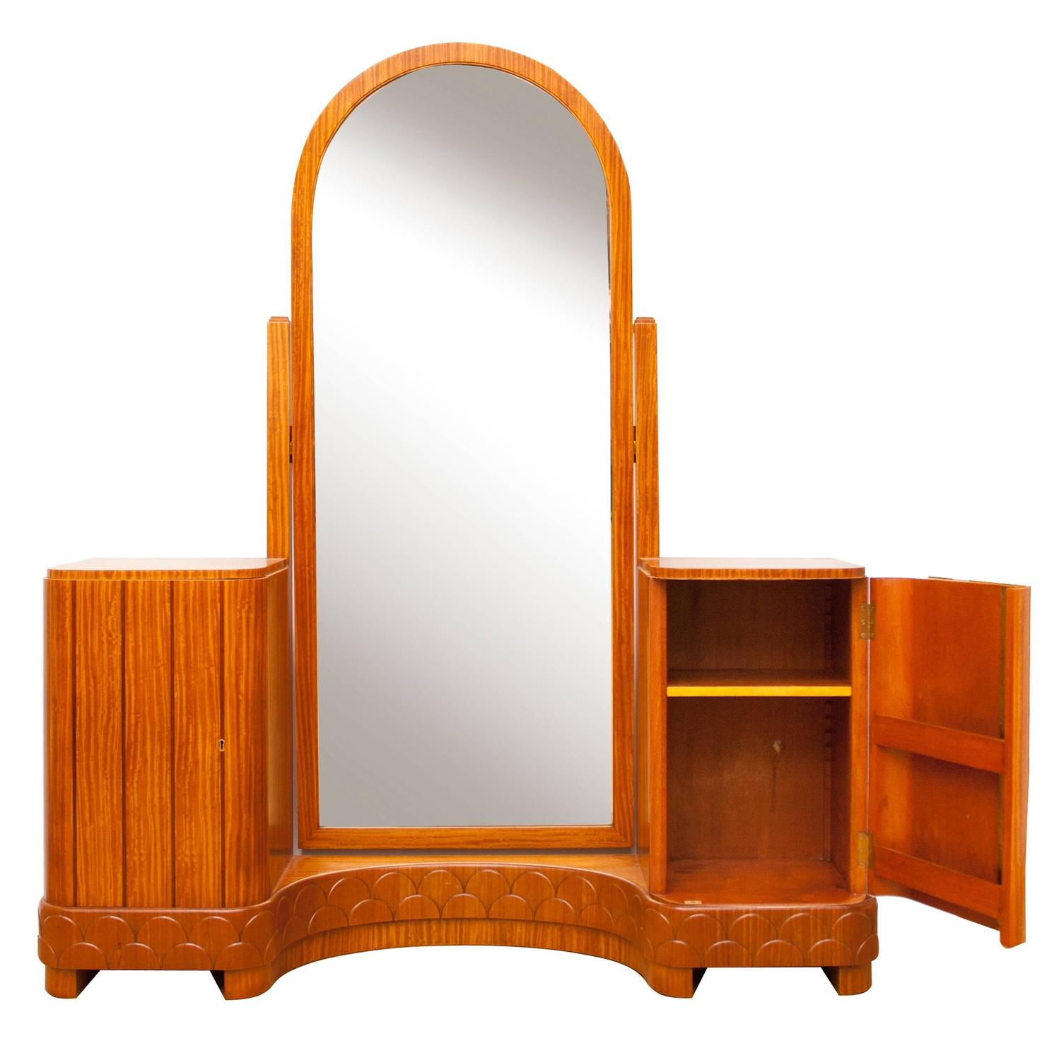 Art Deco Bedroom Suite In Satinwood For Sale At 1stdibs