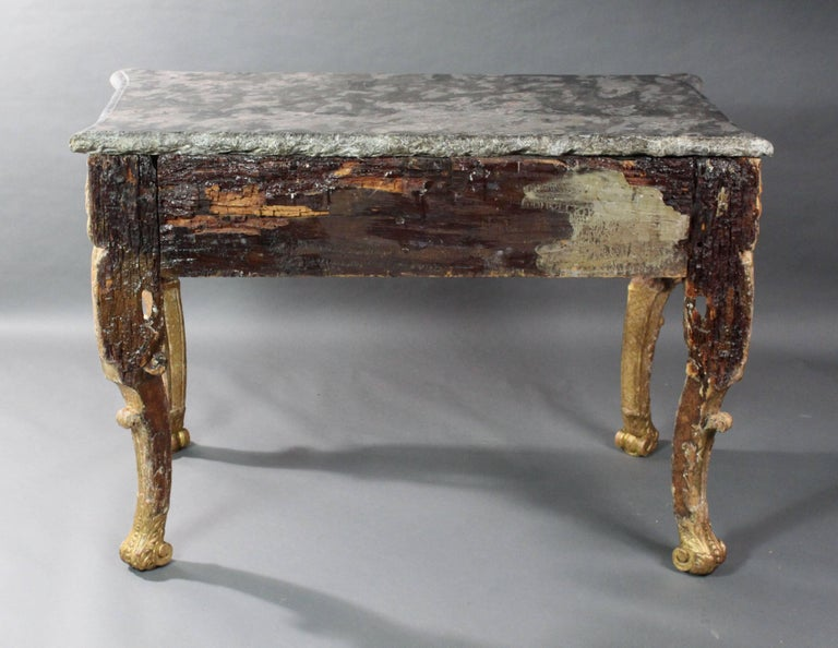Late 17th Century Gilt wood Console Table For Sale 5