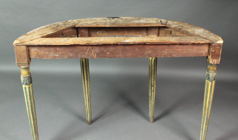Pair of 18th Century Side or Console Tables In Good Condition For Sale In Bradford on Avon, Wiltshire