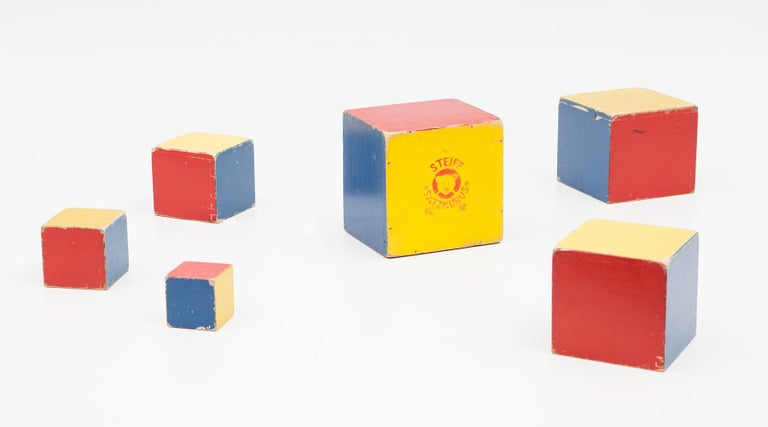 1950s Colorful Wooden Cube Set Made in West Germany by Steiff In Good Condition For Sale In Frankfurt, Hessen, DE