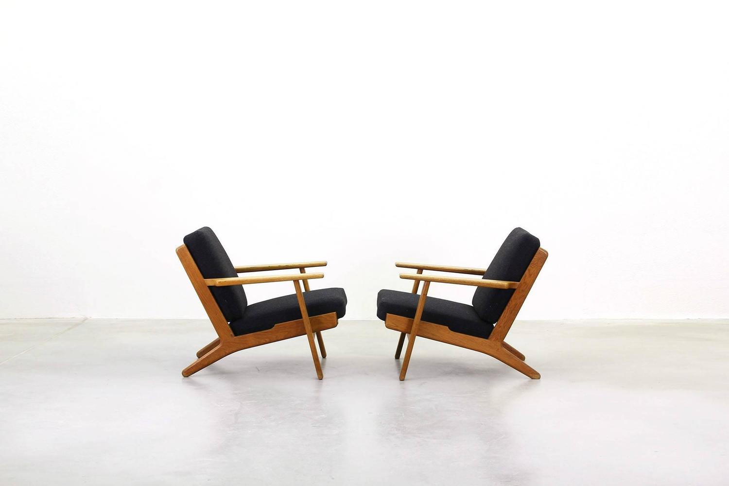 Lounge easy chairs by hans j wegner for getama ge 290 for for Lounge chair kopie