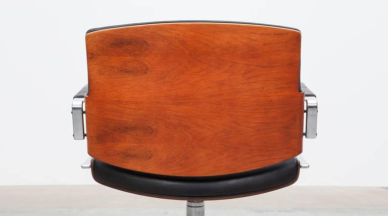 Mid-20th Century 1960s Brown Wood and Black Leather Swivel Chair by Fabricius and Kastholm 'a' For Sale