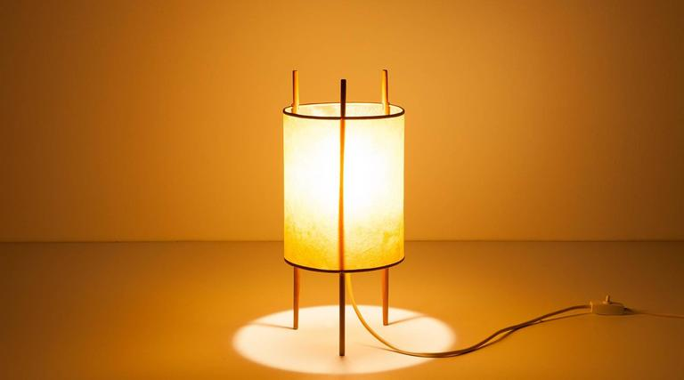 isamu noguchi table lamp for sale at 1stdibs. Black Bedroom Furniture Sets. Home Design Ideas