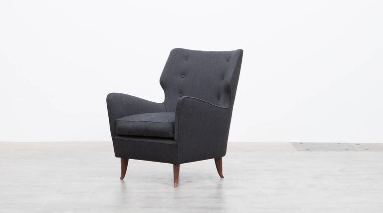 German Pair of Gio Ponti Lounge Chairs 'B' 'New Upholstery' For Sale