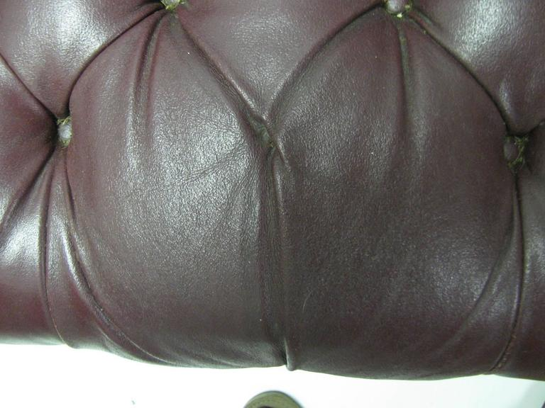 Chesterfield Leather Two-Seat Sofa in Burgundy Red For Sale 1