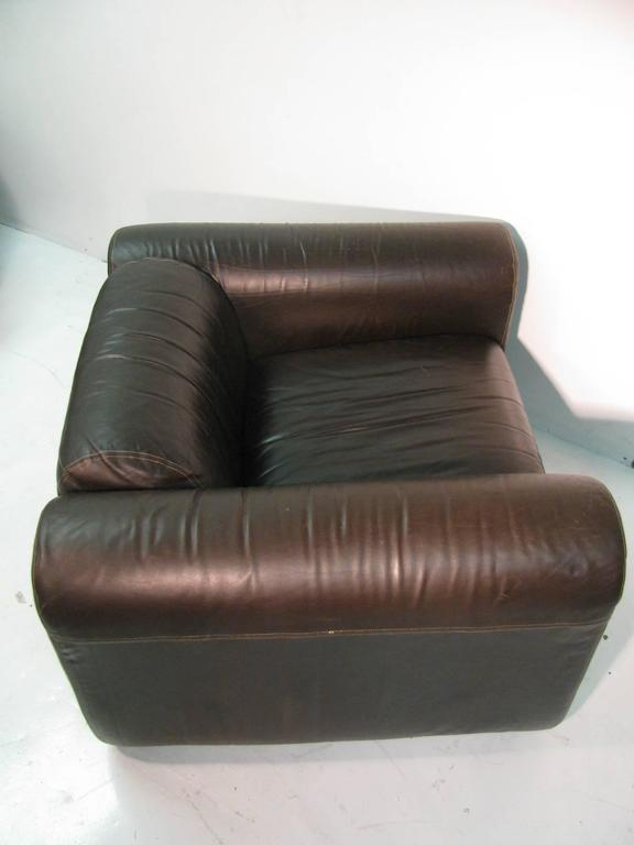 Pair of Mid-Century Modern Leather Club Lounge Chairs by Stendig For Sale 2