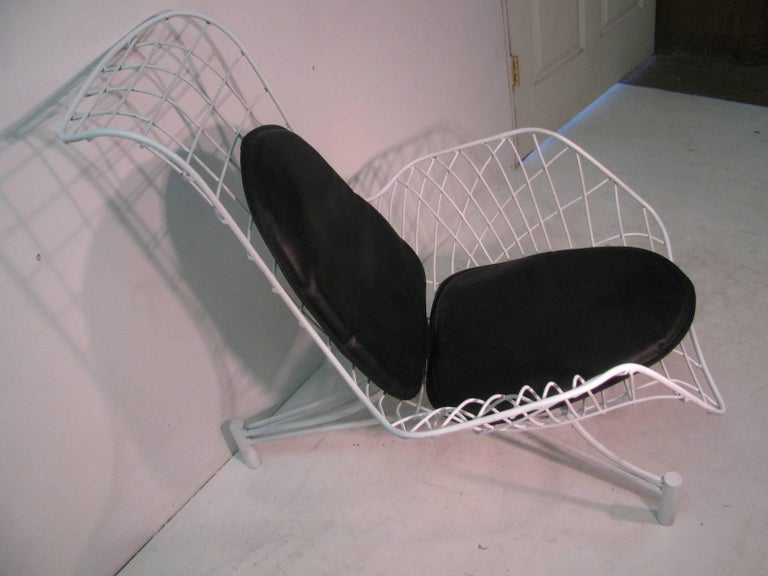 Mid-20th Century Vladimir Kagan Mid-Century Modern Lounge Chair Recliner with Original Pads For Sale